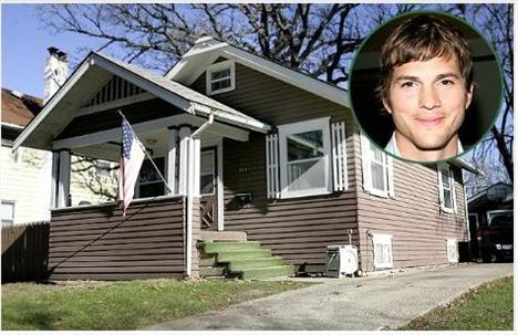 Ashton Kutcher, Iowa'da bir çiftlik evinde büyüdü. O zamanlar da Hollywood'u güzel kızların bikinileriyle sokaklarında paten kaydığı bir yer sanıyormuş.