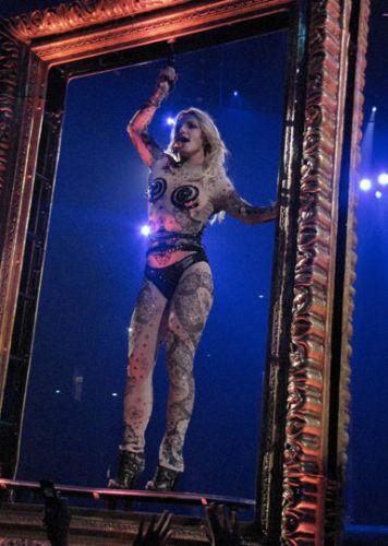 Britney Spears şov! - 18