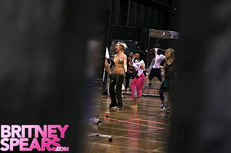 Britney Spears şov! - 24