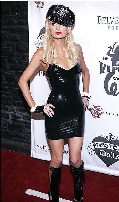 17-Paris Hilton