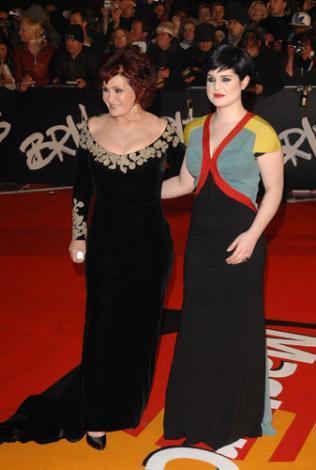 Kelly Osbourne ve annesi Sharon.