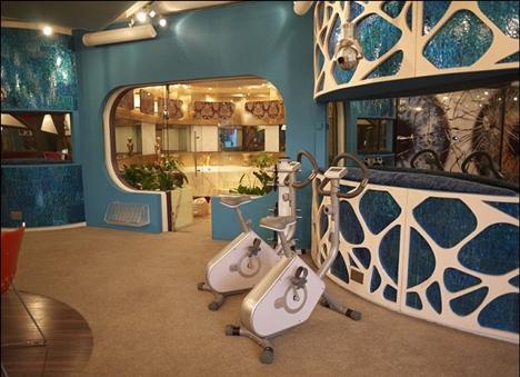 Spor salonu görünümündeki oda da düşünülmüş.