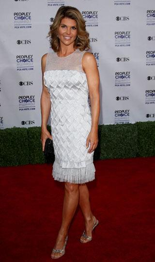 Amerika'da her yıl düzenlenen People's Choice Awards'ta (Halkın Seçimlerinin Ödülleri) kazanlar belli oldu. Gecede ünlü güzellerin şıklık yarışı dikkat çekiciydi.