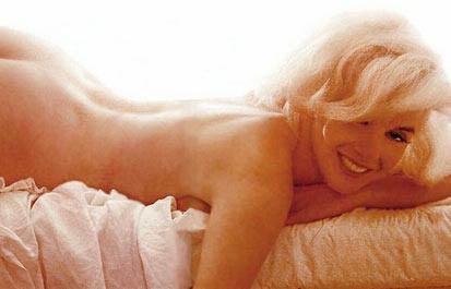 Monroe'nun ünlü pozlarından biri.