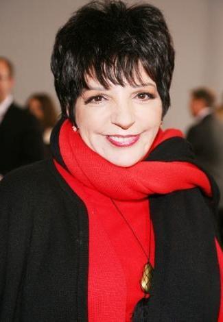 Liza Minnelli :  62 yaşında.