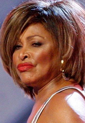 Tina Turner:  70 yaşına giriyor.