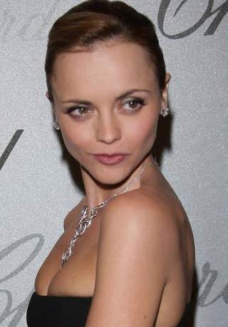 Christina Ricci   29 yaşında.