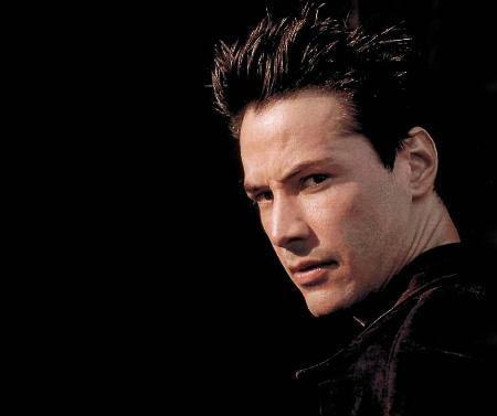 Keanu Reeves  45 yaşında.