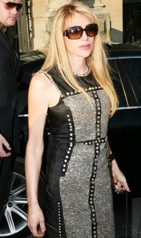 Dünyanın en kötü giyinen kadını - 31