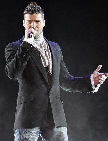 Rique Martin Morales yani dünyanın hayran oluduğu Ricky Martin.