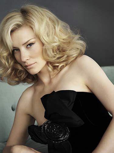 Kate Blanchett Üniversitede 1 yıl kaydımı dondurup dünyayı gezdim. Param da çok azdı. İstanbul'da tavanı akan bir sığınakta bile uyudum. Sonra Mısır'da beş parasızken İskoç bir çocuk, filmde rol alırsam 5 Mısır doları kazanacağımı söyledi, ben de kabul ettim. En azından bedava yemek veriyorlardı Oscar sohbetinde sinemaya nasıl başladığını anlatıyor...