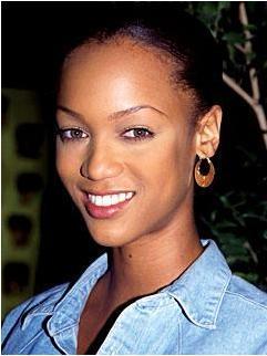 Tyra Banks, 1990'da böyle görünüyordu.