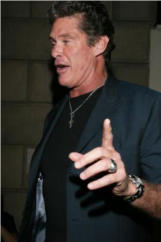 David Hasselhoff da alkol alışkanlığı yüzünden tedavi gören ünlülerden.    Kafein bağımlısı ünlüler