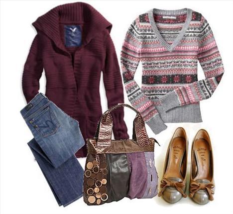 Bordo kalın hırkanın içine giyilmiş olan V yakalı karışık renklerle bezenmiş olan kazak, günlük yaşamınız için oldukça iyi bir seçim olabilir.