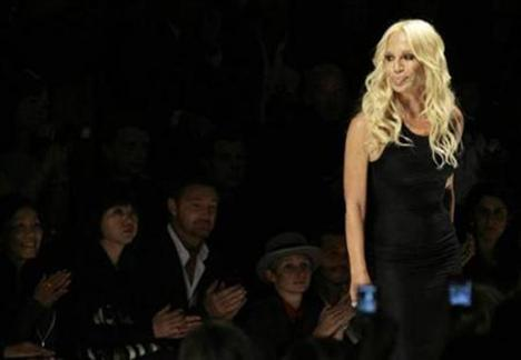 İtalyan tasarıcı Donatella Versace
