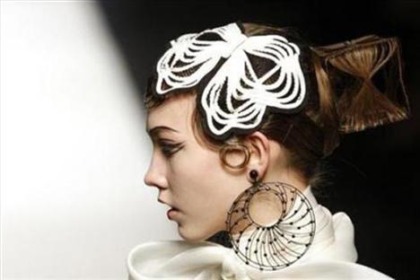 Modaya yön veren tasarımcılar - 4