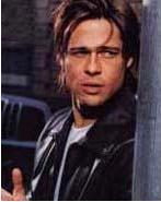 Brad Pitt'e neredeyse ikiz kardeşi kadar benzeyen ünlü kim dersiniz?