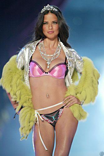 Adriana Lima- 6 milyon dolar