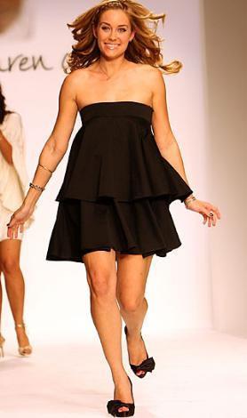Lauren Conrad kendi tasarladığı koleksiyonu Los Angeles Moda Haftası'nda tanıttı.
