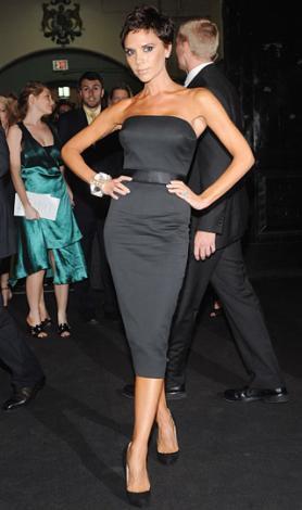 Victoria Beckham zaten bir stil ikonu. Onun koleksiyon hazırlamasından daha doğal bir durum olamaz.