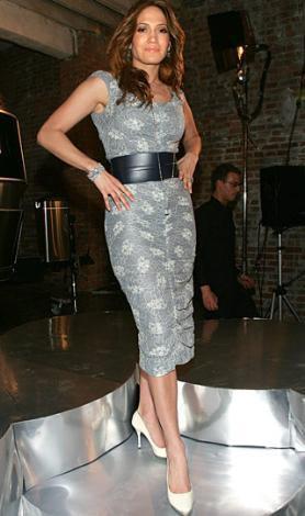 Bunlar da Jennifer Lopez'in tasarımları.