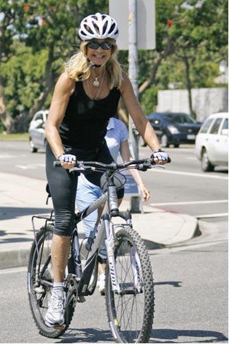 Bisikletli ünlüler - 14