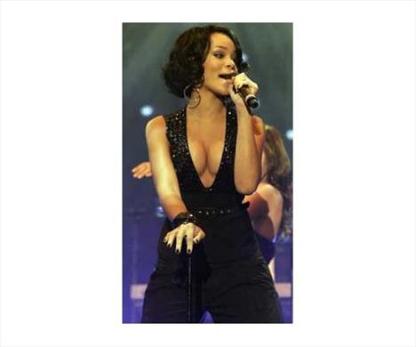 Rihanna'nın iki yüzü - 8
