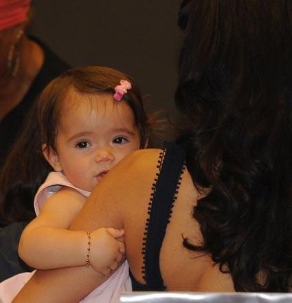 Hayek ile bir süredir birlikte olduğu Francois-Henri Pinault'nun bir kızları var. Eylül 2007'de dünyaya gelen bebeğe Valentina Paloma Pinault adı verilmişti.