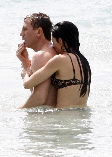 Daniel Craig- Satsuki Mitchell: Sahiplenici