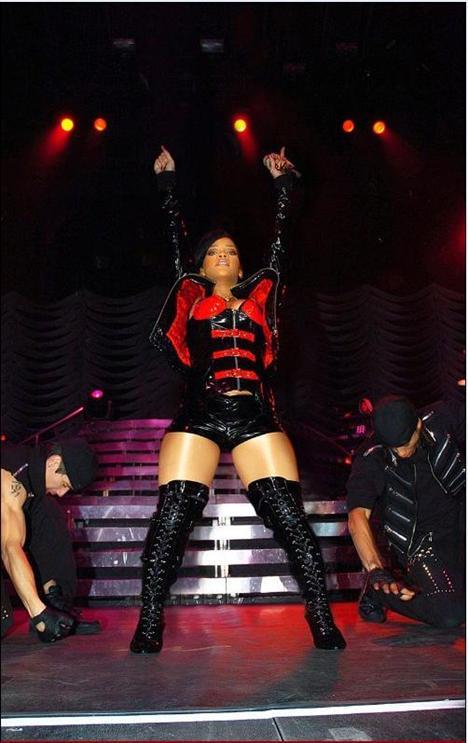 Rihanna Sandino