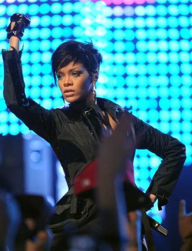 Rihanna'nın şoke eden hali - 17