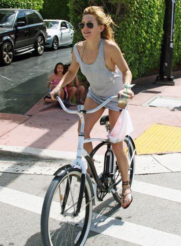 Ünlüler bisiklet turunda - 1