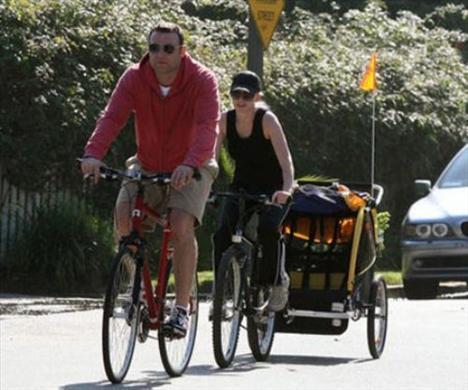 Ünlüler bisiklet turunda - 2