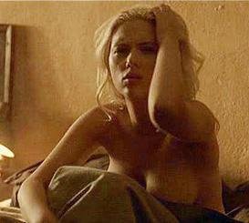 Scarlett Johansson'un Vicky, Cristina, Barcelona filmindeki bu görüntüsü hafızalara kazındı.