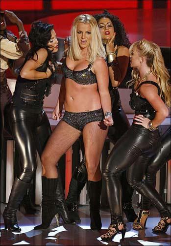 Komşu teyze Britney - 18