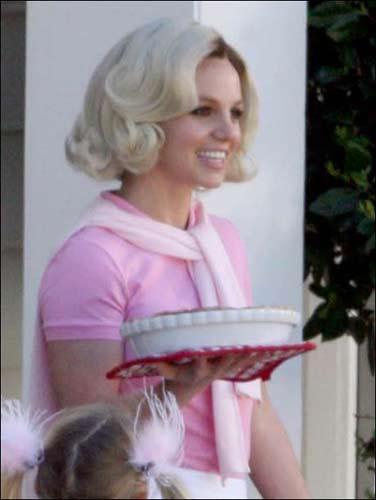 Komşu teyze Britney - 29