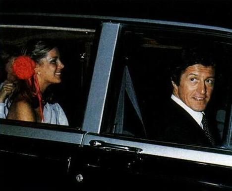 Monaco Prensesi Caroline'in sevgilisiyle bu fotoğrafları 54 farklı dergi kapağını süslemiş...