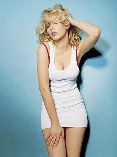 Johansson, arabanın arka koltuğunda sevişmekten çok zevk aldığını itiraf etti.