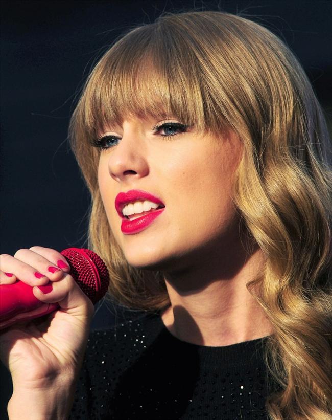 Taylor Swift - 15