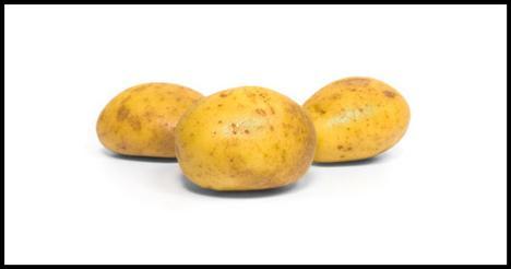 Patates  Çok mu terliyorsunuz? 4 tutam tuz ve küçük bir kızarmış patates elektrolidi yeniden vücuda kazandırmak için mükemmel bir yöntemdir. Elektrolitler ile sodyum ve potasyum, hücreler arası sıvı dengesinin korunmasına ve kasların yeterince kasılmasına yardımcı olur.