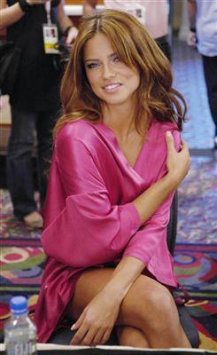Adriana Lima - 31