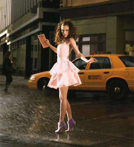 Glamour Magazin, efsane pozları ünlü isimlerle tekrar etti...