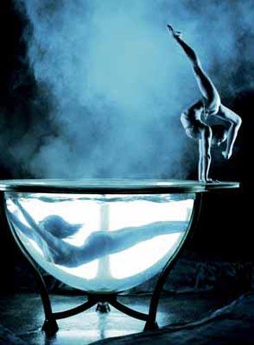 Las Vegas'ta düzenlenen 'Miss Exotic World' adlı yarışmada ise en iyi striptiz güzeli seçiliyor