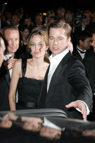 Son olarak gündeme yansıyan diğer bir dadı skandalı ise Hollywood'un gözde çifti Angelina Jolie, Brad Pitt arasında yaşandı.