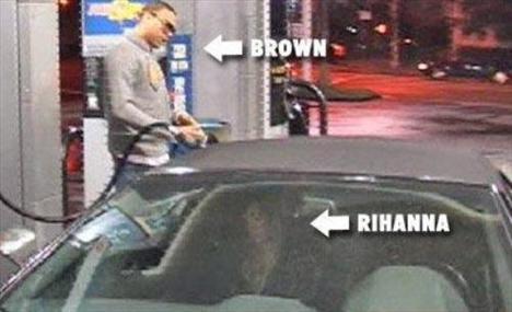 Rihanna'dan ayrılamıyor! - 4