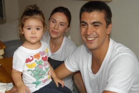 Demet-İbrahim Kutluay çifti, doğum sancıları başlayınca soluğu hastanede aldı.