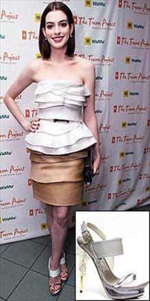Anne Hathaway -Gianfranco Ferre
