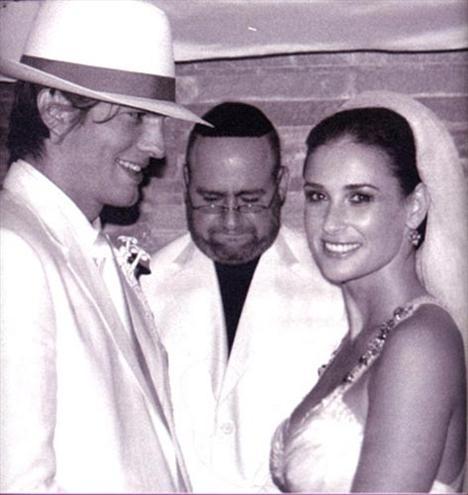 Demi Moore ve Ashton Kutcher'in düğün fotoğrafı 3 milyon euro