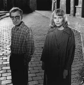 Woody Allen ile Mia Farrow, Hollywood'un en iyi anlaşan çiftlerinden biri olarak nitelendiriliyordu.