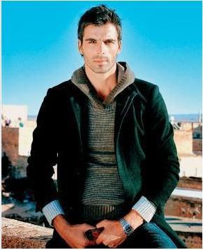 2001 yılında düzenlenen Best Model of Turkey ve Best Model Of The World yarışmalarında birinciliği kimseye bırakmayan ve şimdilerde kendisini oyunculuğa adayan Mehmet Akif Alakurt'un nüfusu Ordu - Fatsa'ya kayıtlı.